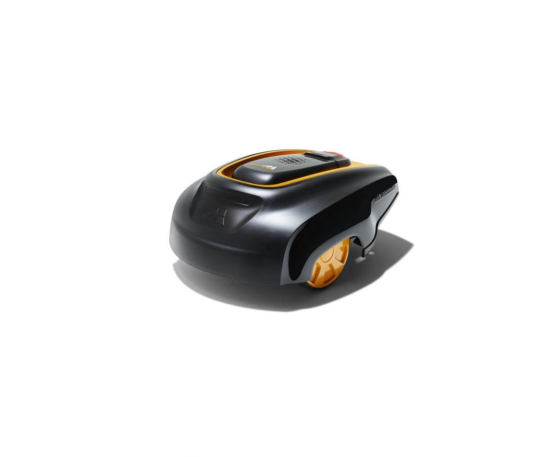 Tondeuse électrique robot McCulloch ROB R1000 m² guide spécialisé pour faire ses achats de matériel pour nettoyer le jardin de la maison